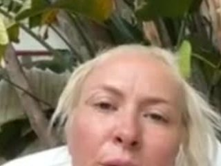 Mikagray live sex chat