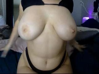 Anna-bee live sex chat