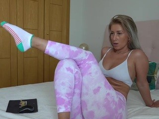 Missjuliaa live sex chat