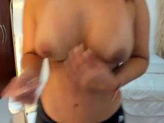 Renata-t live cam