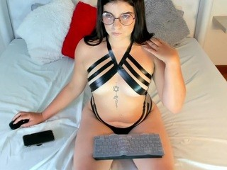 Mia Connor: so hot today wanna play ? // pvt // dildo fuck [56 tokens remaining] mia-connorr