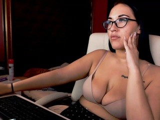 Masha-kirby live sex chat picture