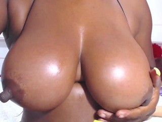 GREATNIPPLESXXX