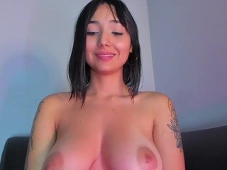 Giannasue live sex chat