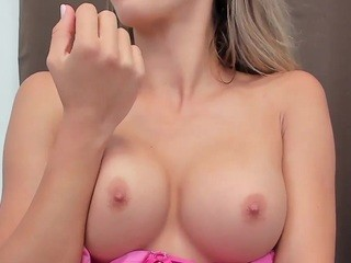 Adalline live sex chat