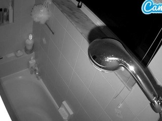 Voyeurcam-charleys-bathroom
