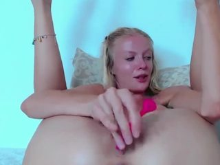 Hornygirl1473 live sex chat