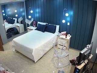 Voyeurcam-latina-babe-bedroom-2
