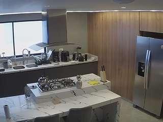 Voyeurcam-latina-babe-kitchen