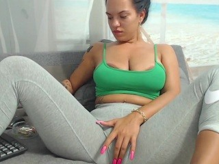 Lexysweet live cam