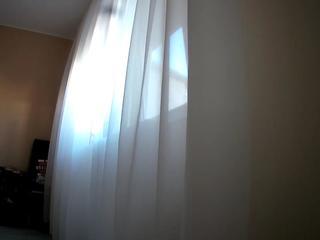 Voyeurcam-charmhellen-bedroom