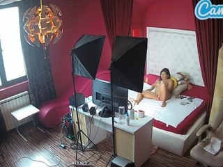 Voyeurcam-eurogirl-bedroom