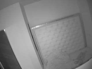 voyeurcam-naughty-bedroom camsoda